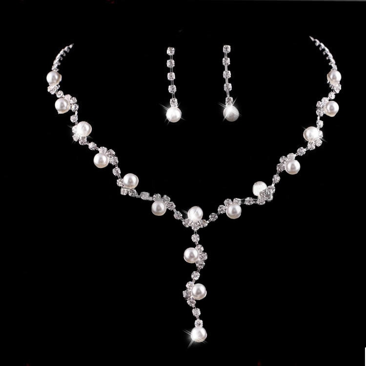 Luxusní sada náhrdelníku a náušnic s kamínky a perličkami