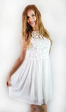 Studiomody.cz - Dámské elegantní bílé šaty s krajkou - Sukně 3ab523c102